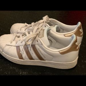 Adidas used Superstar rose gold stripe women's 9